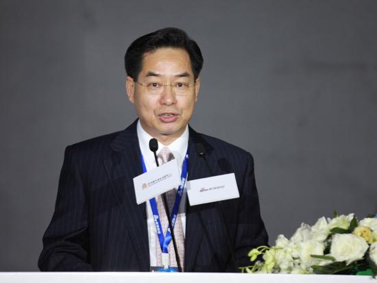 广发银行董建岳:普惠金融是银行转型突围的重点