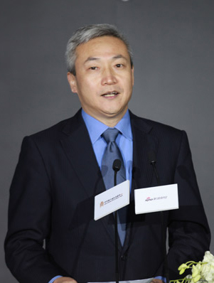浦发银行刘信义:商业银行需重构可持续盈利模式