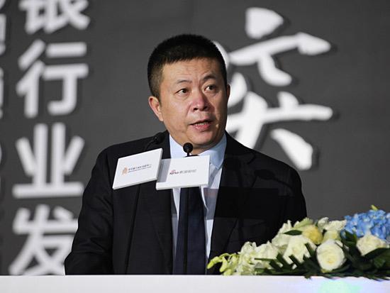 新浪董事长兼首席执行官、微博董事长曹国伟