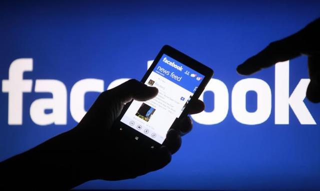 """Facebook会变成""""美国版微信""""吗?"""