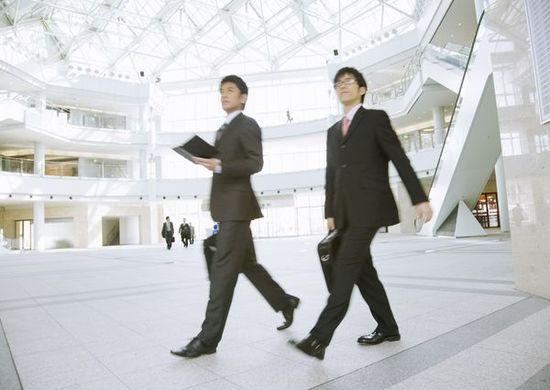 银行已不是金饭碗:理财经理完不成任务自己出钱交五险一金