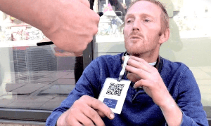 牛津大学研发露宿者专用收款App 捐款支持扫码支付