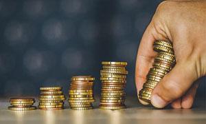 """17家上市银行加码""""富人争夺战"""":私行管理资产规模合计约9万亿元"""